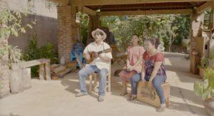Patricio Hidalgo Belli with family in Veracruz, Mexico